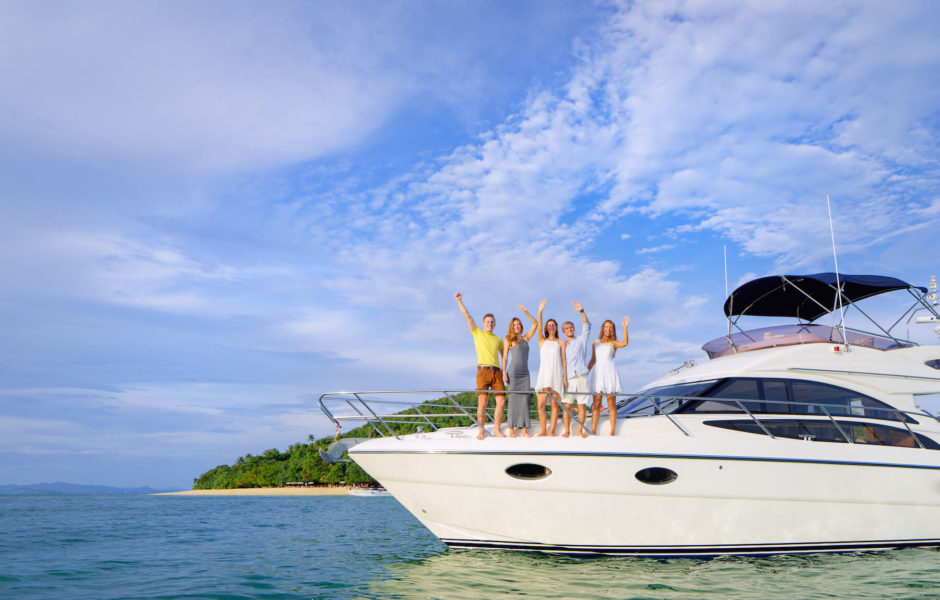 We Professionally Prepare Your Yacht for Sale